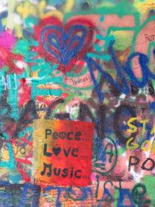 graffiti-lennon-wall-prague