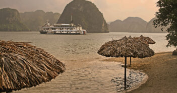 karsts-steamboat-beach-Ha Long Bay